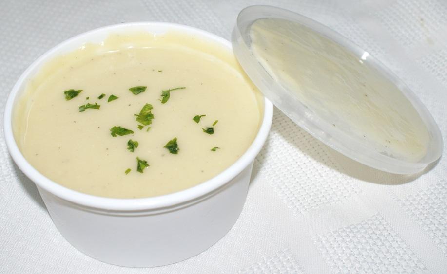 Crema de calabacín a los quesos emmental, parmesano y mozzarela