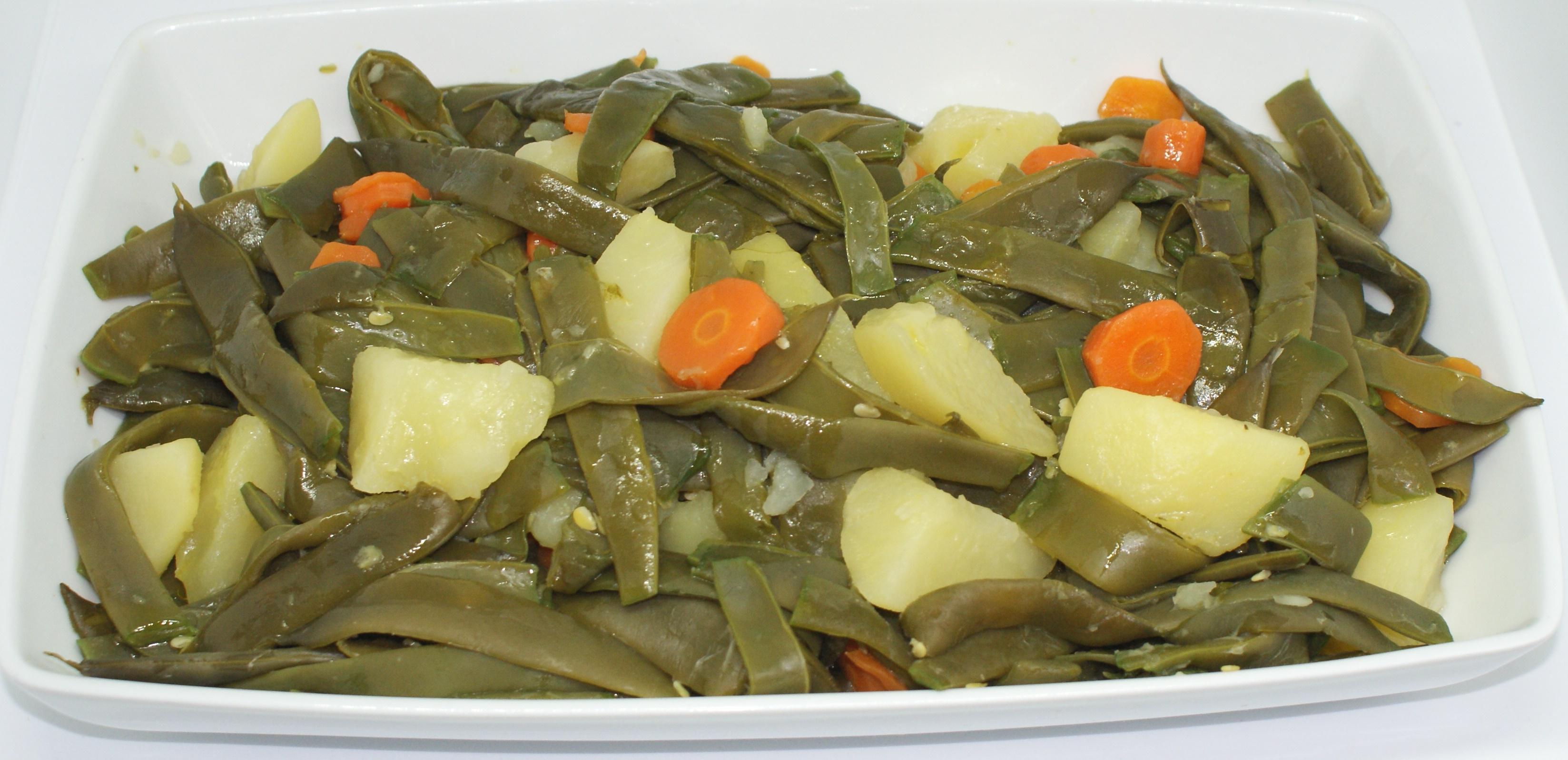 Judía verde perona hervida con patata y zanahoria