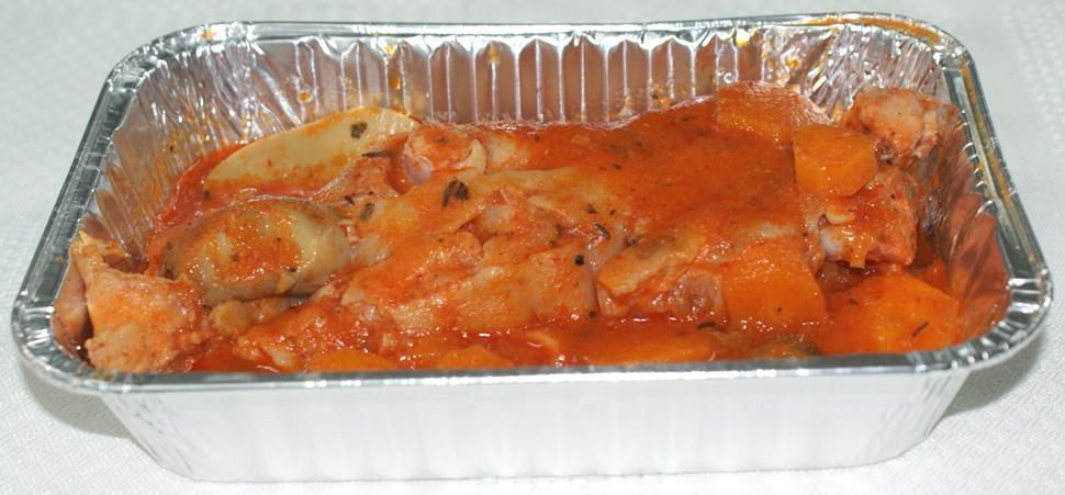 Manitas de cerdo con salsa de zanahoria y champiñones al vino